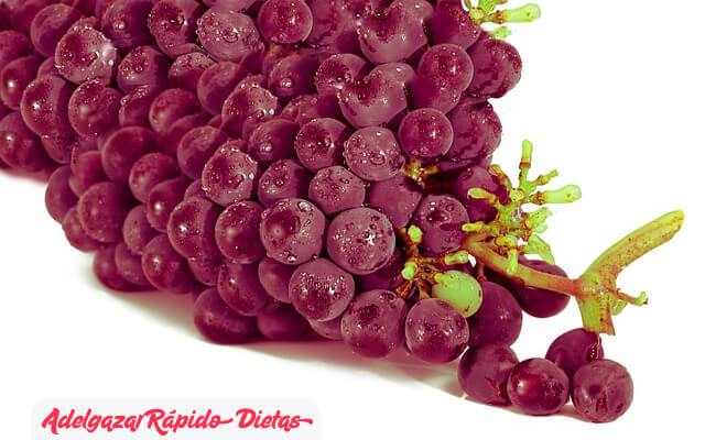 La uva muscadina, un alimento para evitar la formación de células de grasa